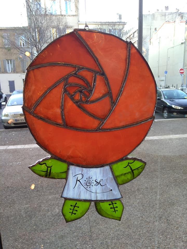 vitrail-rose1-1.jpg